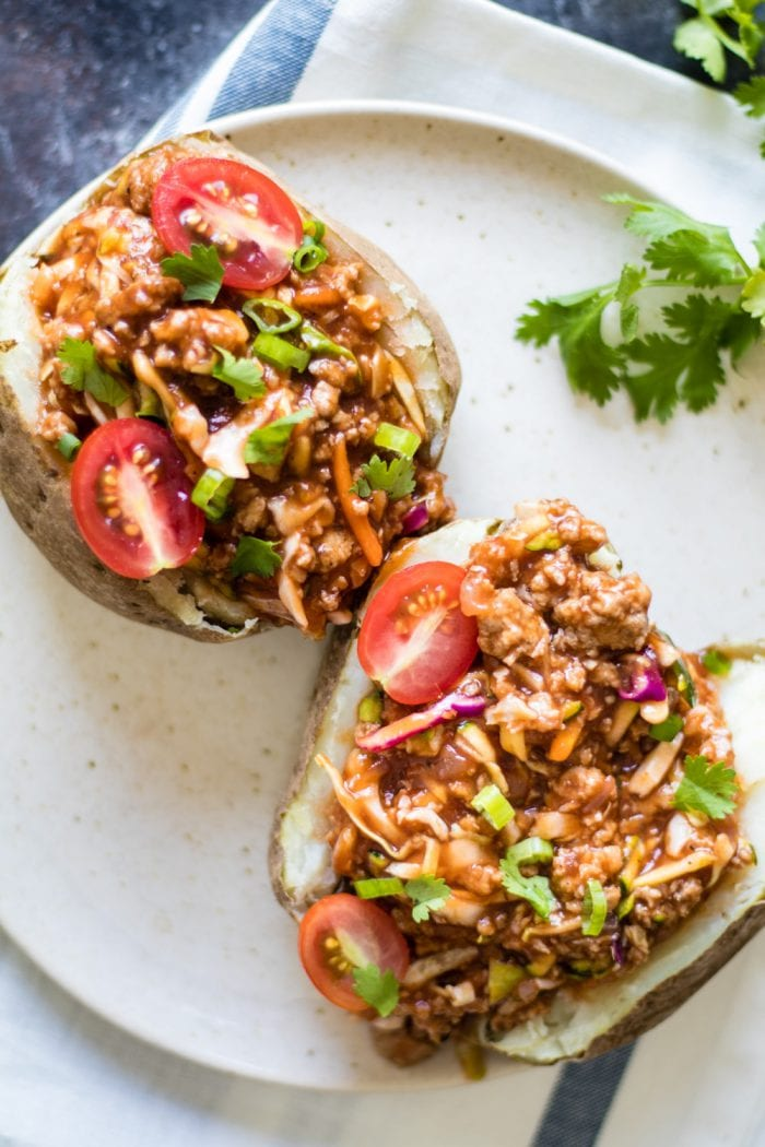 30 min meal with less than 10 ingredients - Sloppy Joe Baked Potato for the win! krollskorner.com #krollskorner #easy #yum #easydinner #weeknightmeal