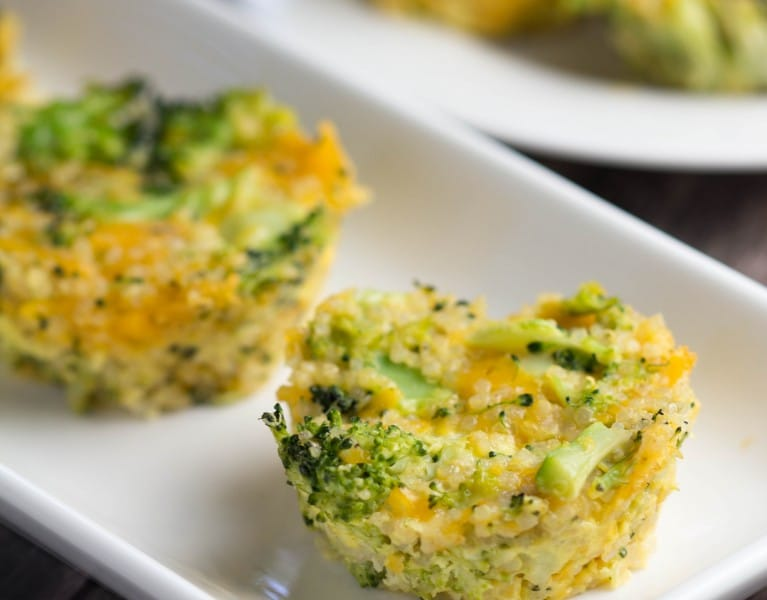 "Cheesy Quinoa Broccoli Bites from Sonali - The Foodie Physician in her new book ""Natural Baby Food"" #Natural"