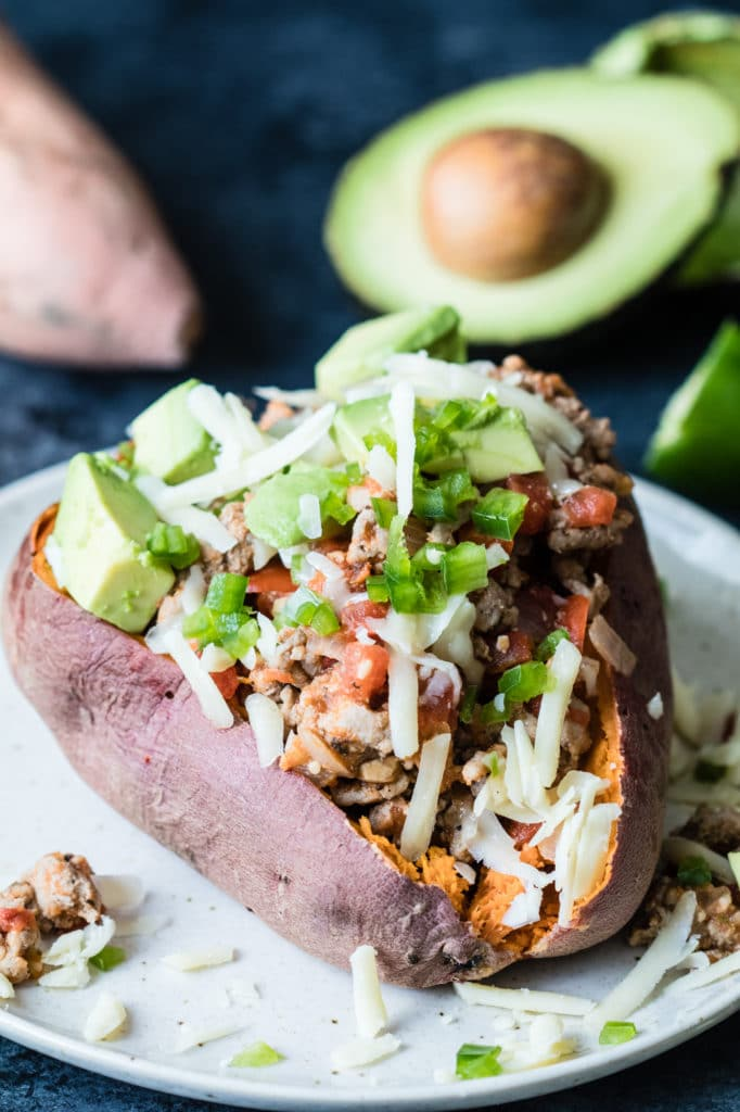 Avocado and Turkey Stuffed Sweet Potato - heart healthy meal that takes less than an hour to make! |Krollskorner.com