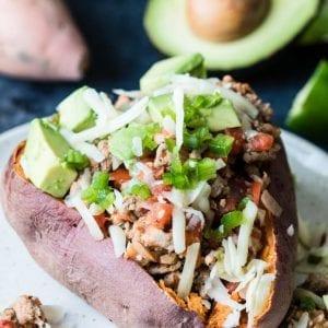 Avocado and Turkey Stuffed Sweet Potato - heart healthy meal that takes less than an hour to make! |Krollskorner.com