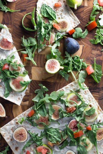 20-Minute Figgy Flatbread! Ditch the high fat pizza's and swap it out with this antioxidant rich flatbread! |Krollskorner.com