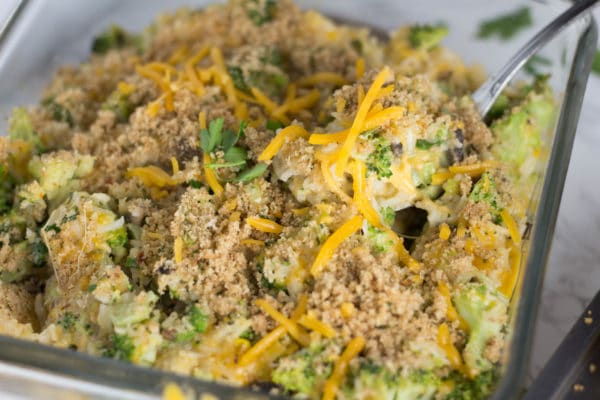 Need an easy and healthy weeknight dinner? These cheesy broccoli rice cups will do the trick! Going low carb? Ditch the biscuit & eat as a casserole! Krollskorner.com