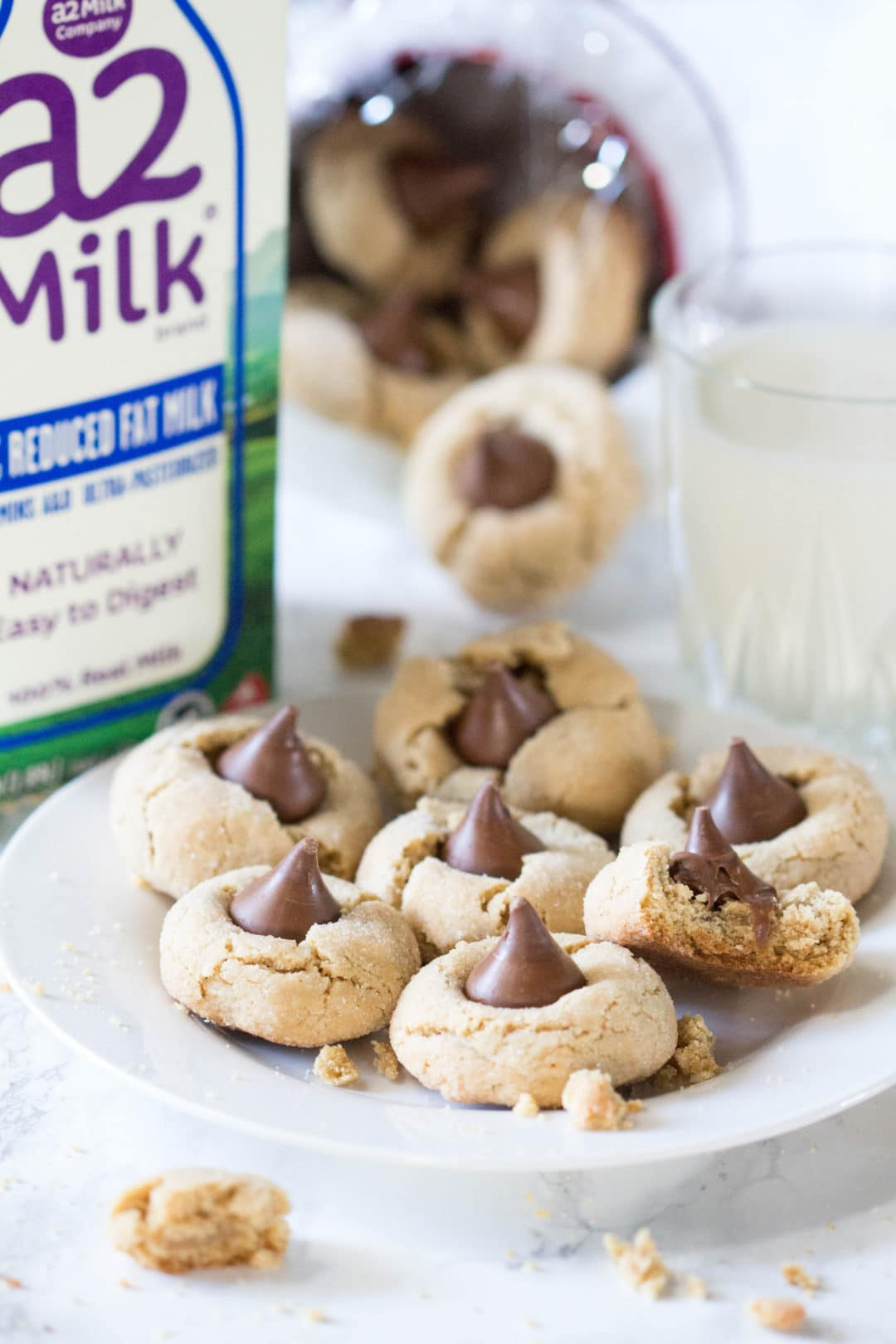 Happy National Cookie Day! To celebrate, I am gifting you all this delicious almond butter blossom cookie recipe. Cookies are a holiday must, try this recipe out for your next gathering! |krollskorner.com