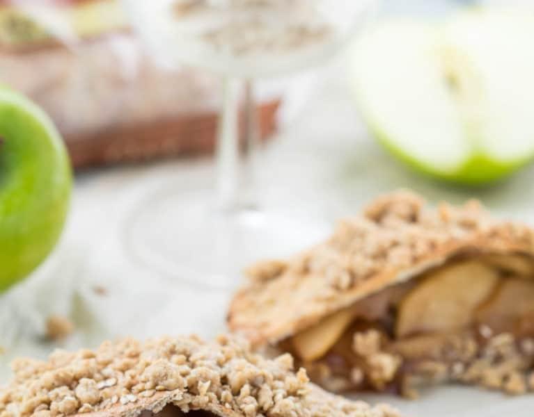 #AD - Apple Pie Stuffed Pitas - a healthy and satisfying dessert! #TheRecipeRedux  krollskorner.com