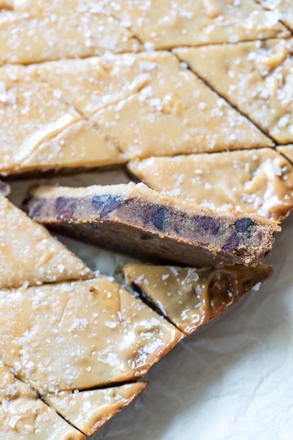freshly baked cookie crack bars
