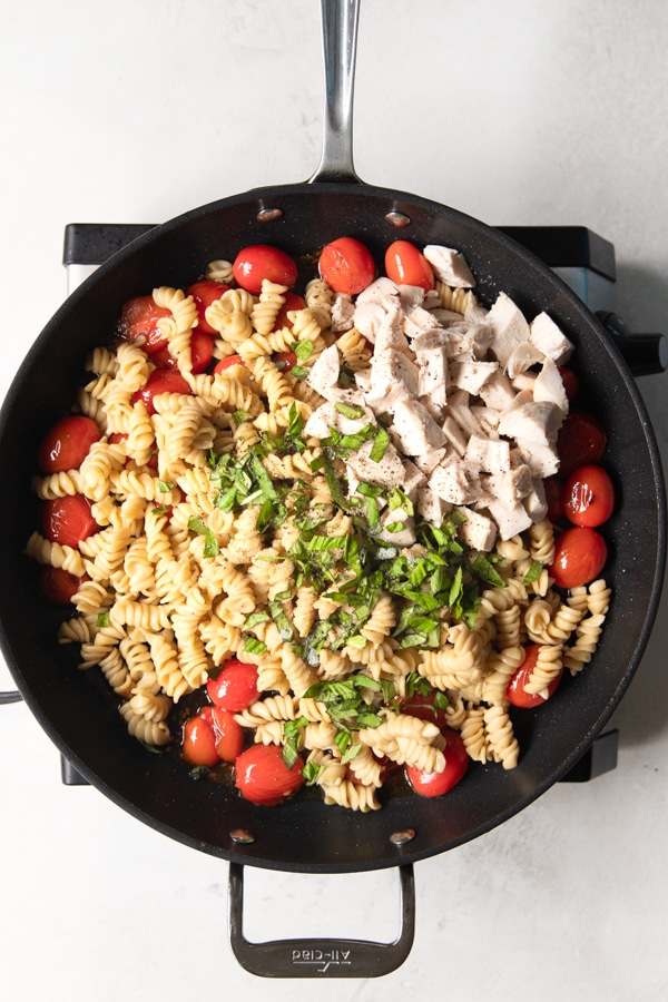 Caprese Pasta in a frying pan